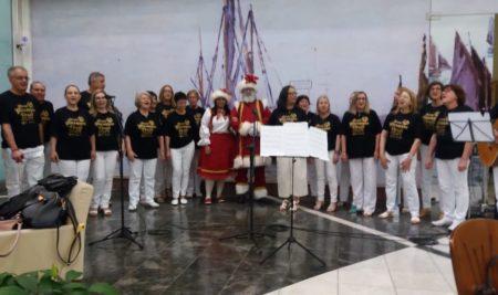 Apresentação do Coral Giuseppe Verdi dia 19/12 no Monet Plaza Shopping